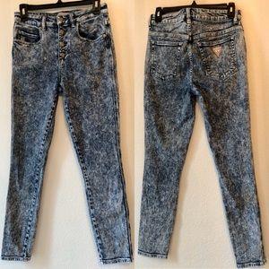 Guess 1981 skinny, acid wash jeans.